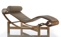 522-tokyo-chaise-longue-cassina-chaiselongue-design-charlotte-perriand-legno-wood-bamboo-teak-faggio-beech-original-maestri-2