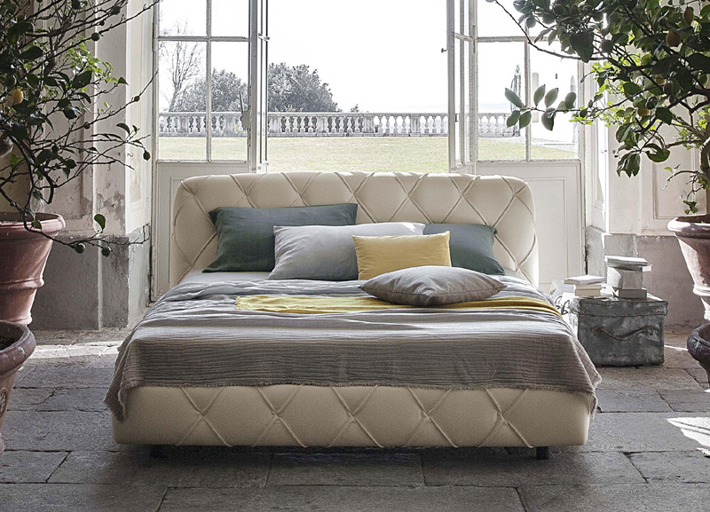 Bed Flair And Flair De Luxe By Poltrona Frau Cattelan