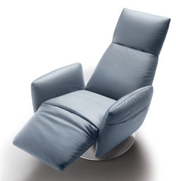 Pillow-poltrona-frau-relax-reclinabile-reclining-armchair-pelle-sc-leather-nest-soul-2
