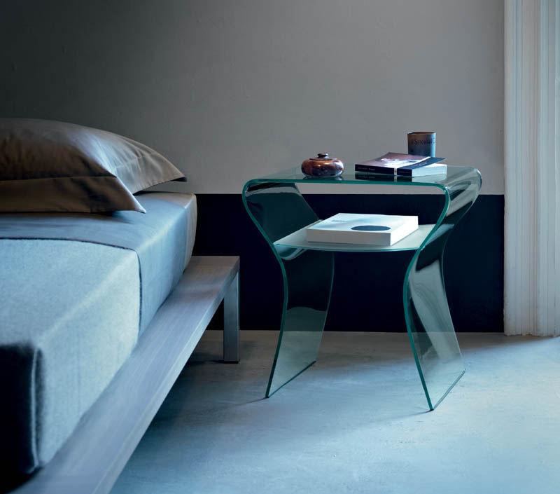 Bedside table charlotte de nuit by fiam italia cattelan arredamenti e design - Petite table de nuit ...