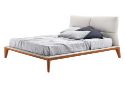 giselle-bed-poltrona-frau-letto-pelle-sc-leather-cuoio-saddle-extra-mario-ferrarini-1
