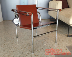 poltrona-lc1-armchair-cassina-cuoio-leather-design-le-corbusier-original-maestri-offerta-1