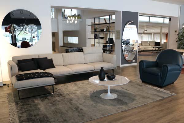 Showroom Cattelan Arredamenti divano frontale
