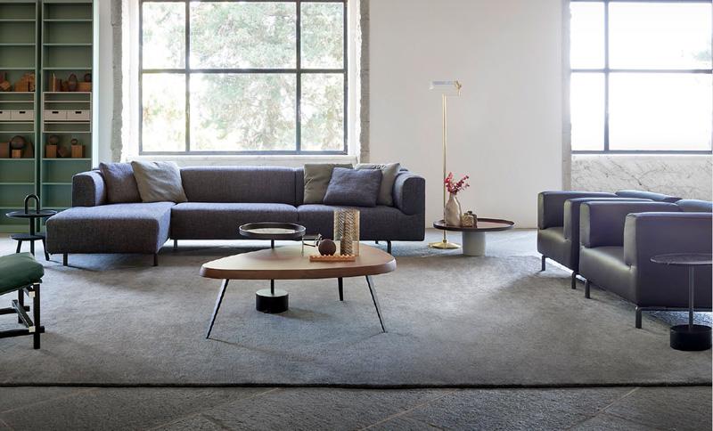 Poltrona e divano 250 met di cassina cattelan arredamenti for Mobili cassina outlet