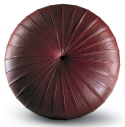 Esedra-poltrona-frau-pouf-rotondo-round-footrest-pelle-sc-leather-nest-heritage-soul-century-design-monica-forster-2-1