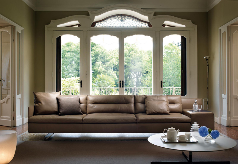 Poltrona e divano grantorino di poltrona frau poltrone e for Poltrona torino
