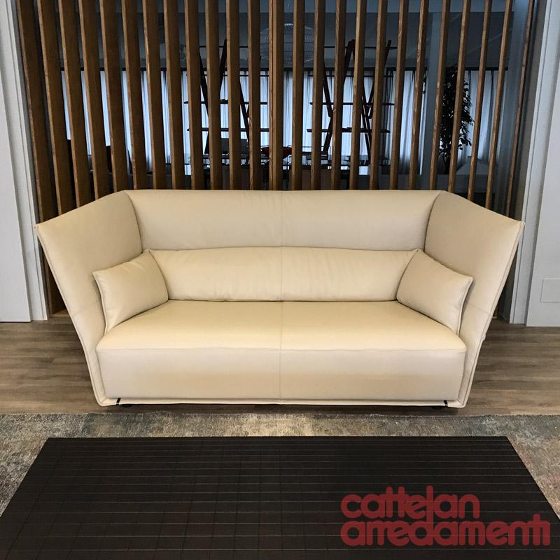 offerta divano Almo di Poltrona Frau