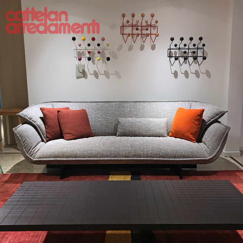 promo 550 Beam Sofa System by Cassina
