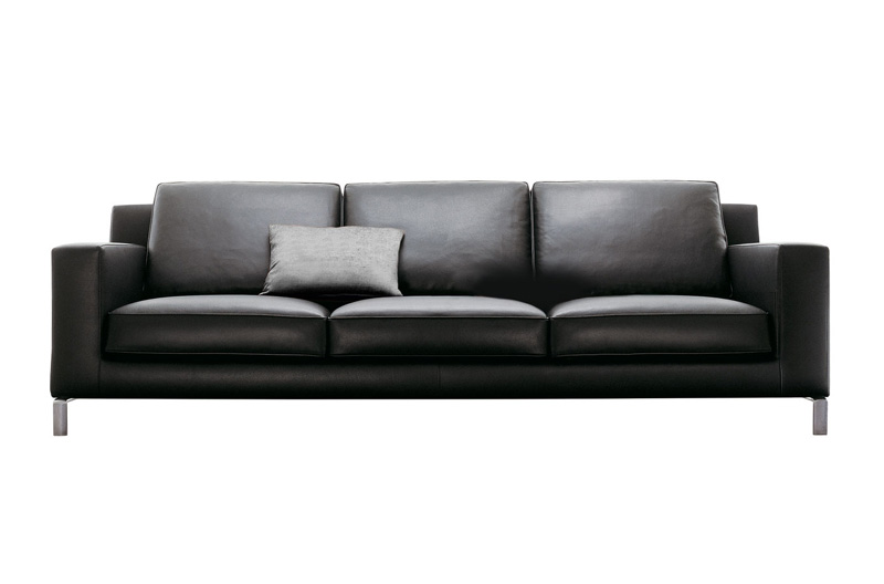 Poltrona e divano lido di molteni poltrone e divani for Outlet arredamento bolzano