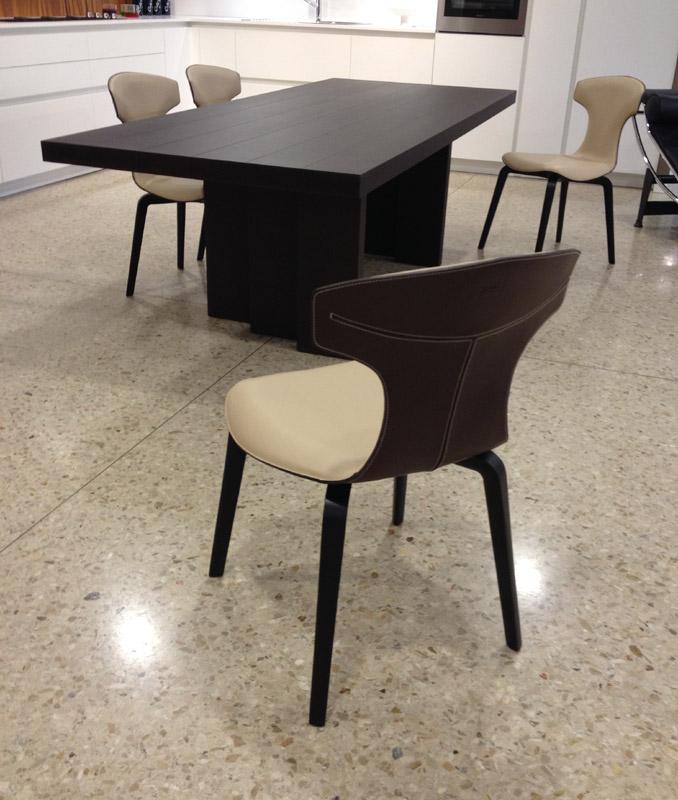 Offerta 4 sedie montera di poltrona frau cattelan for Offerta sedie design