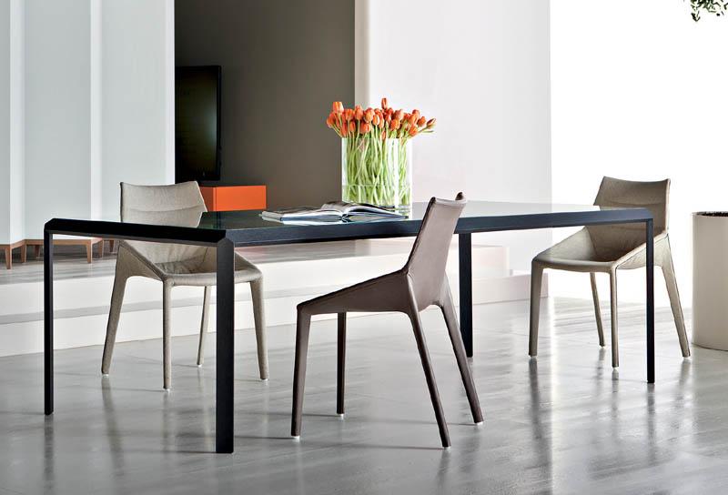Chair Outline By Molteni Cattelan Arredamenti