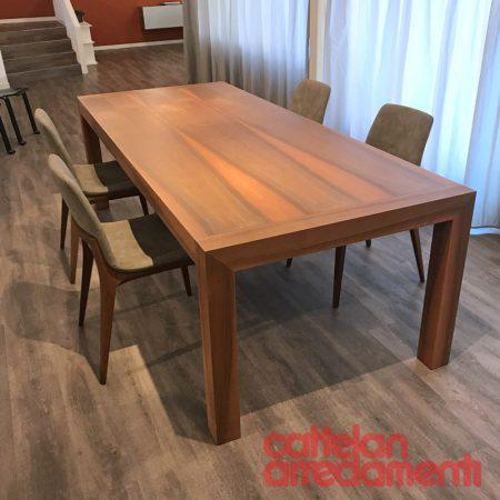 Offerta tavolo fisso kwaak di dessi cattelan arredamenti for Cattelan arredamenti vicenza